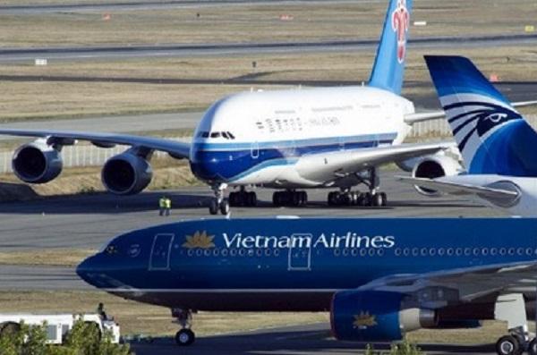 Máy bay đi Hong Kong